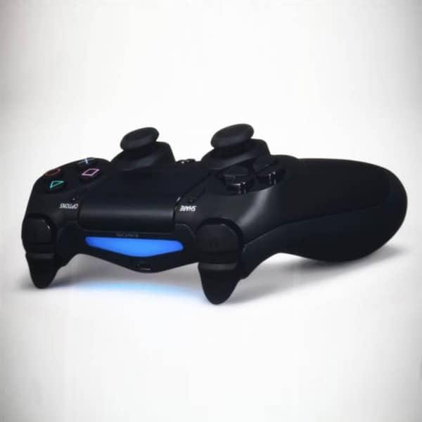 Bild von PlayStation 4 enthüllt – aber nur unvollständig