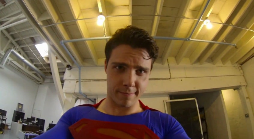 Photo of So sieht Superman die Welt – oder Superman with a GoPro