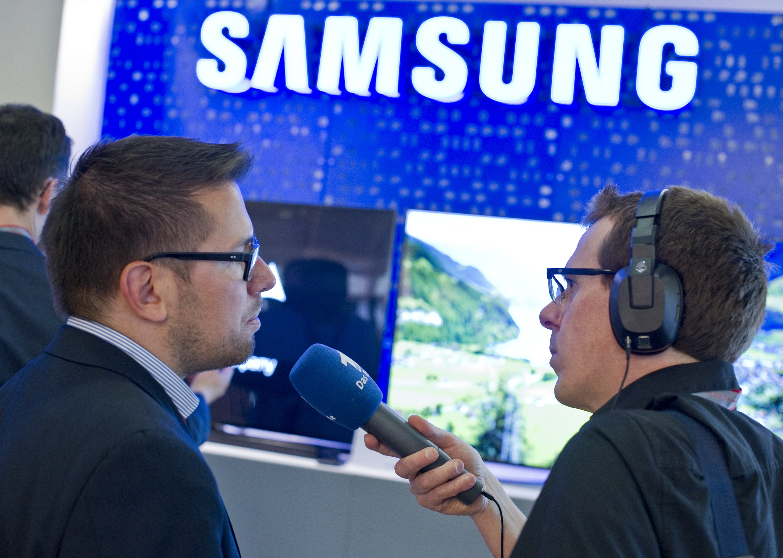 Photo of IFA 2014: Samsung stellt eigene VR-Brille vor