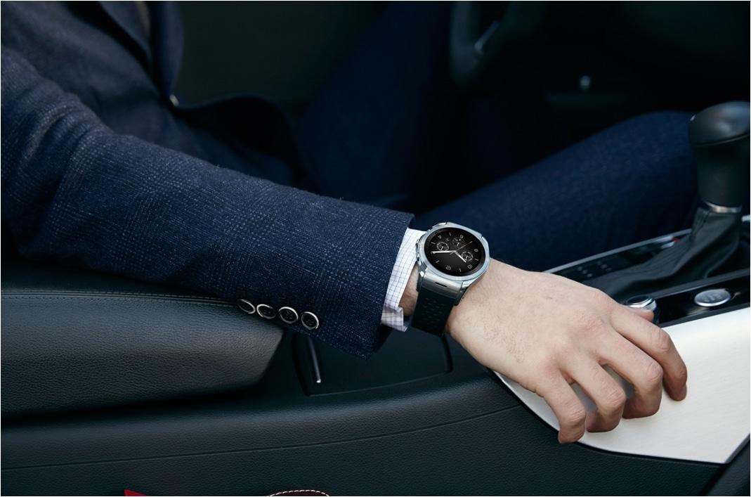 Photo of Neue LTE-Smartwatch: LG Watch Urbane LTE