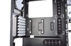 Fractal Design R5 14 232x150 - Testbericht: Fractal Design Define R5 PC-Gehäuse