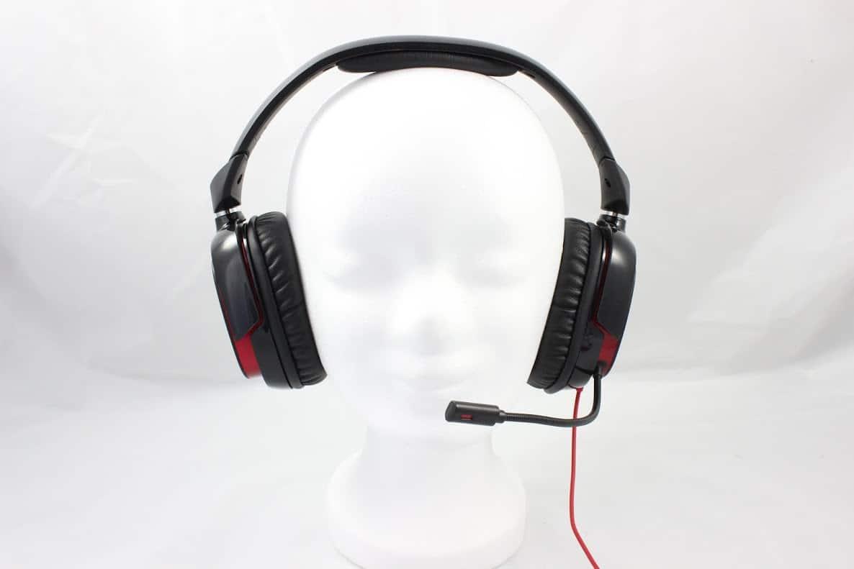 das creative draco hs880 gamer headset im test. Black Bedroom Furniture Sets. Home Design Ideas