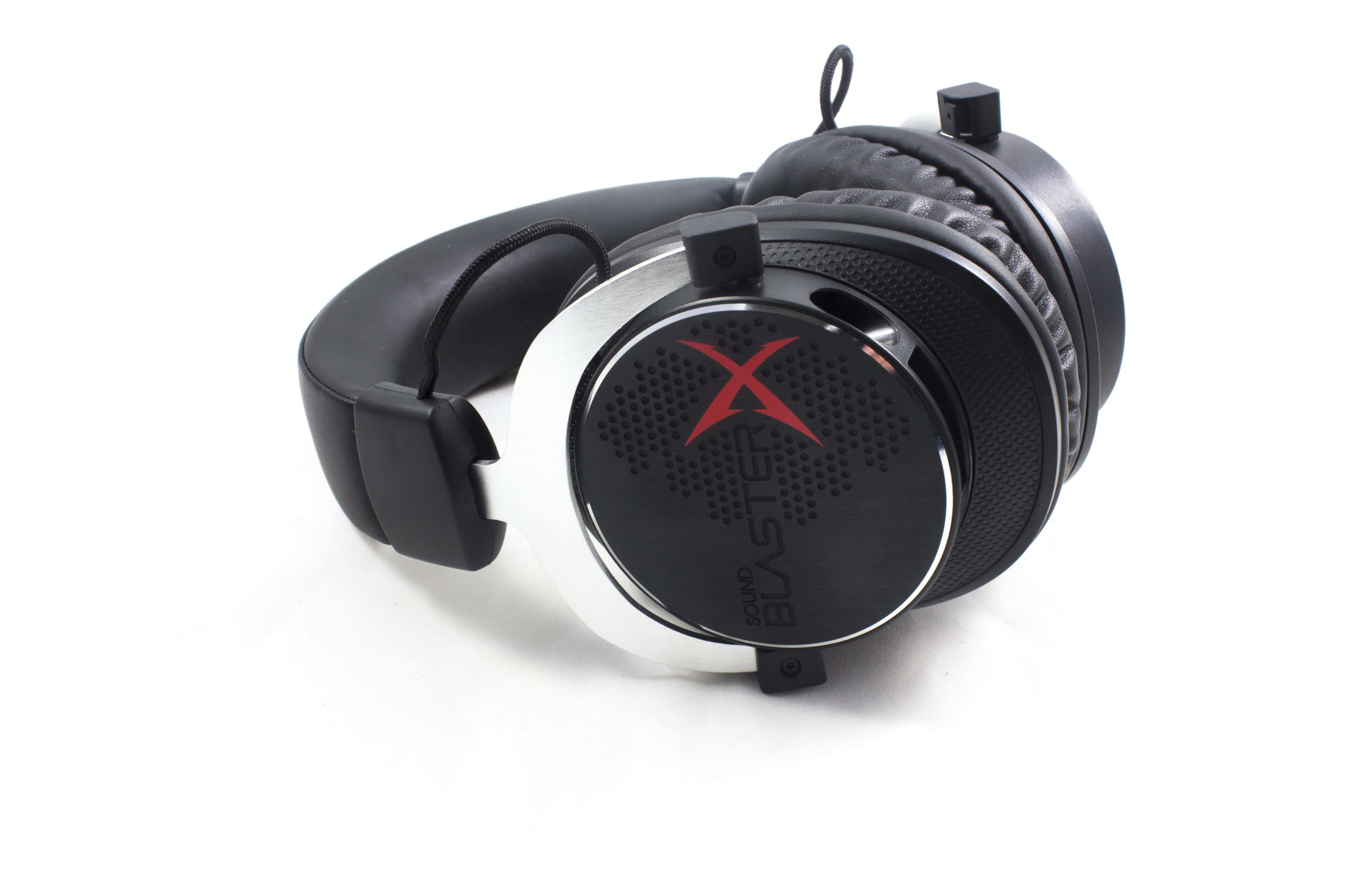 Photo of Review: The Creative Sound BlasterX H5 Analog Headset