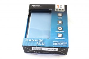 Toshiba-Canvio-Alu-1TB-01