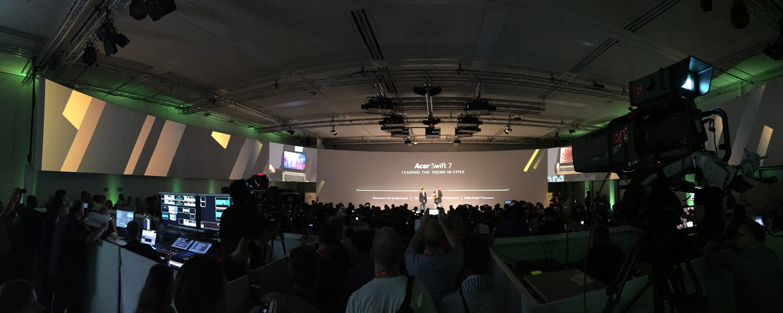 """Bild von IFA: Acer präsentiert das """"dünnste Notebook der Welt"""""""