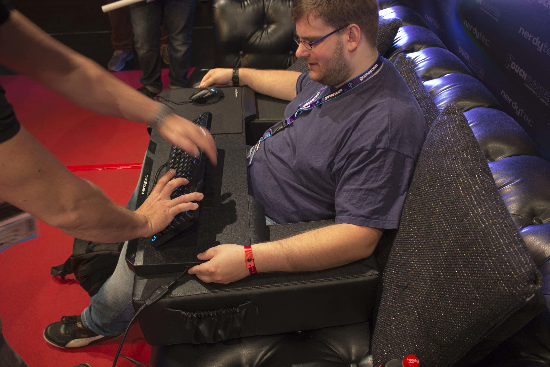 Photo of nerdytec präsentiert den Couchmaster Cycon auf der gamescom