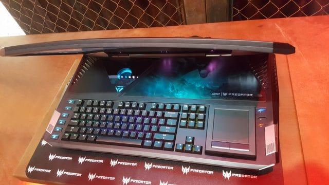 Acer-Predator-X21-Curving