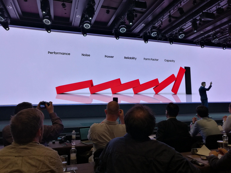 Bild von Samsung Global SSD Summit 2016: HDD vs. SSD