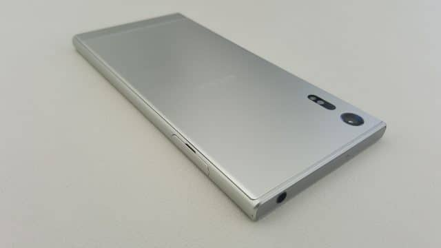 Sony-Xperia-XZ-6