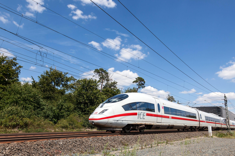 Photo of Kostenfreies ICE-WLAN mit Drosselung in der 2. Klasse