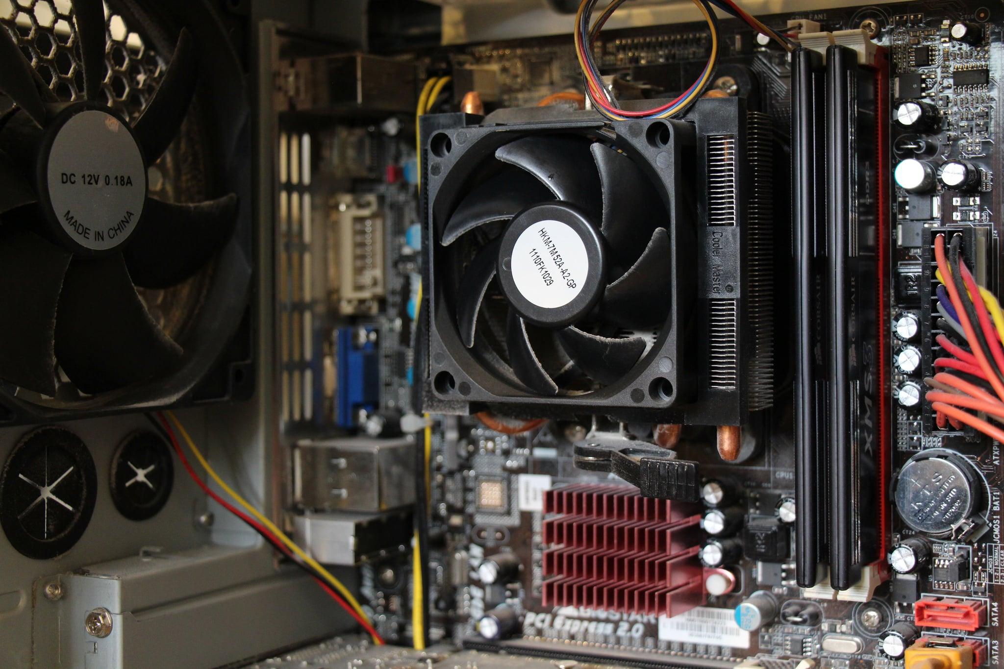 Photo of Gaming-PC – Komplettpaket kaufen oder selber zusammenstellen?