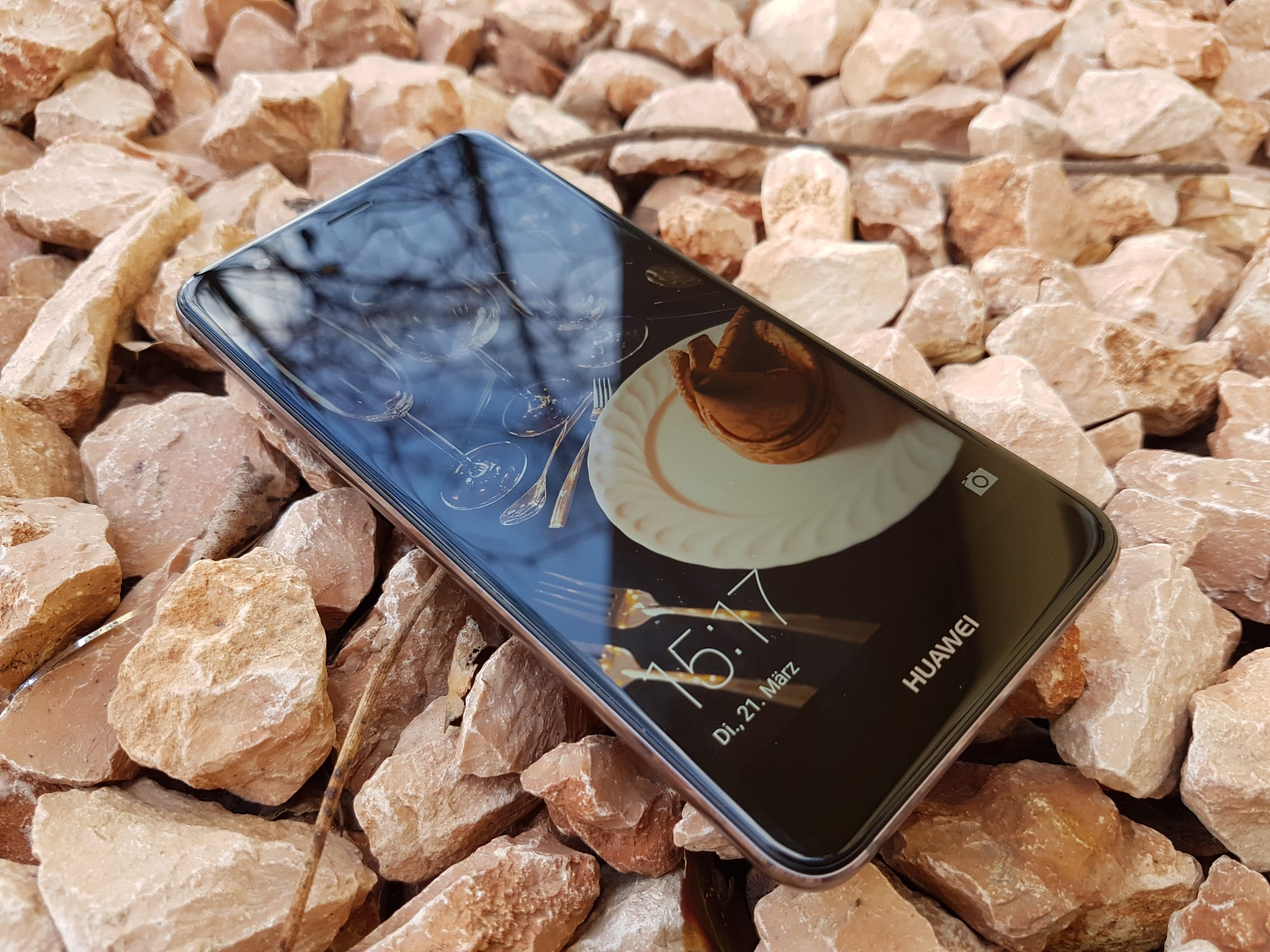 Photo of Huawei Nova im Test: Supernova ohne Explosion