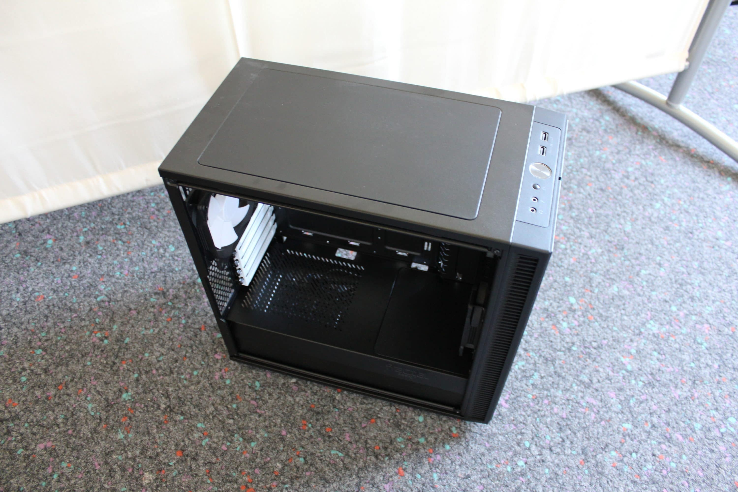 Photo of Fractal Design Define Mini C Review: High Quality Case for Small Money