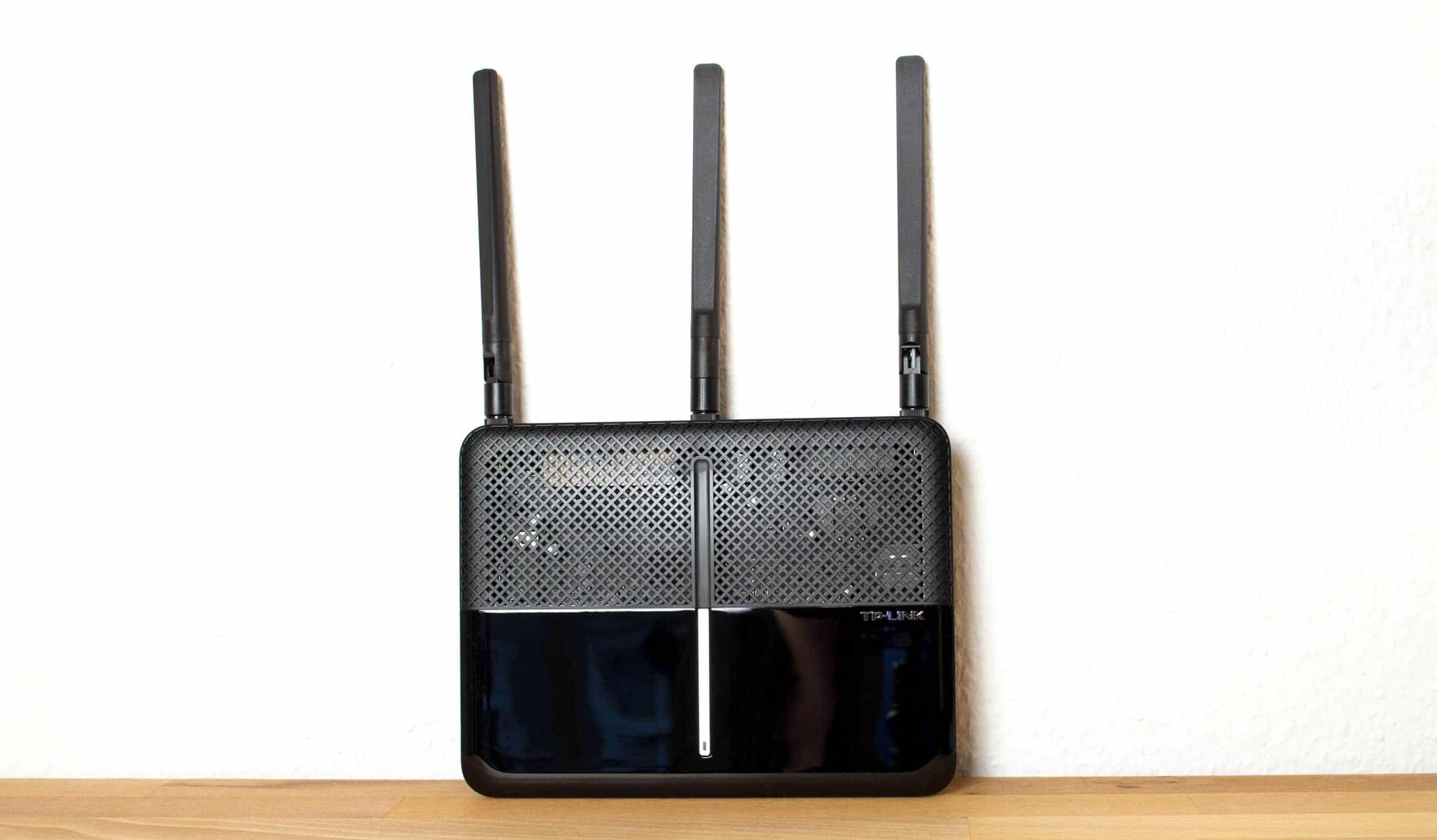 Photo of TP-Link Archer VR600v im Test – Router für Internet, Telefonie und Entertainment