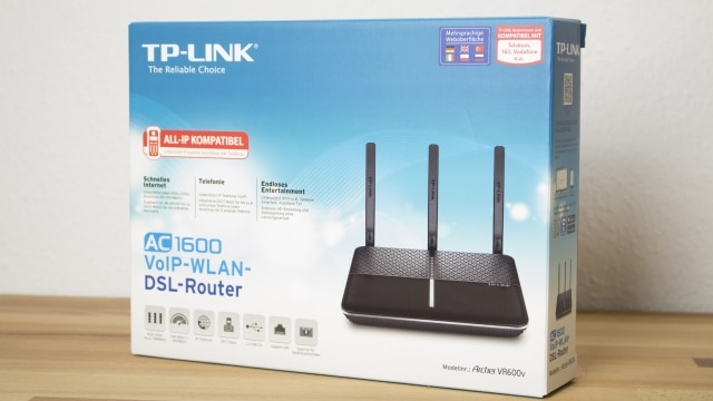 TP-Link Archer VR600v in the box
