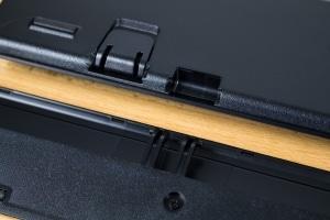 Corsair K70 Lux RGB Aufsteller & Handballenauflage