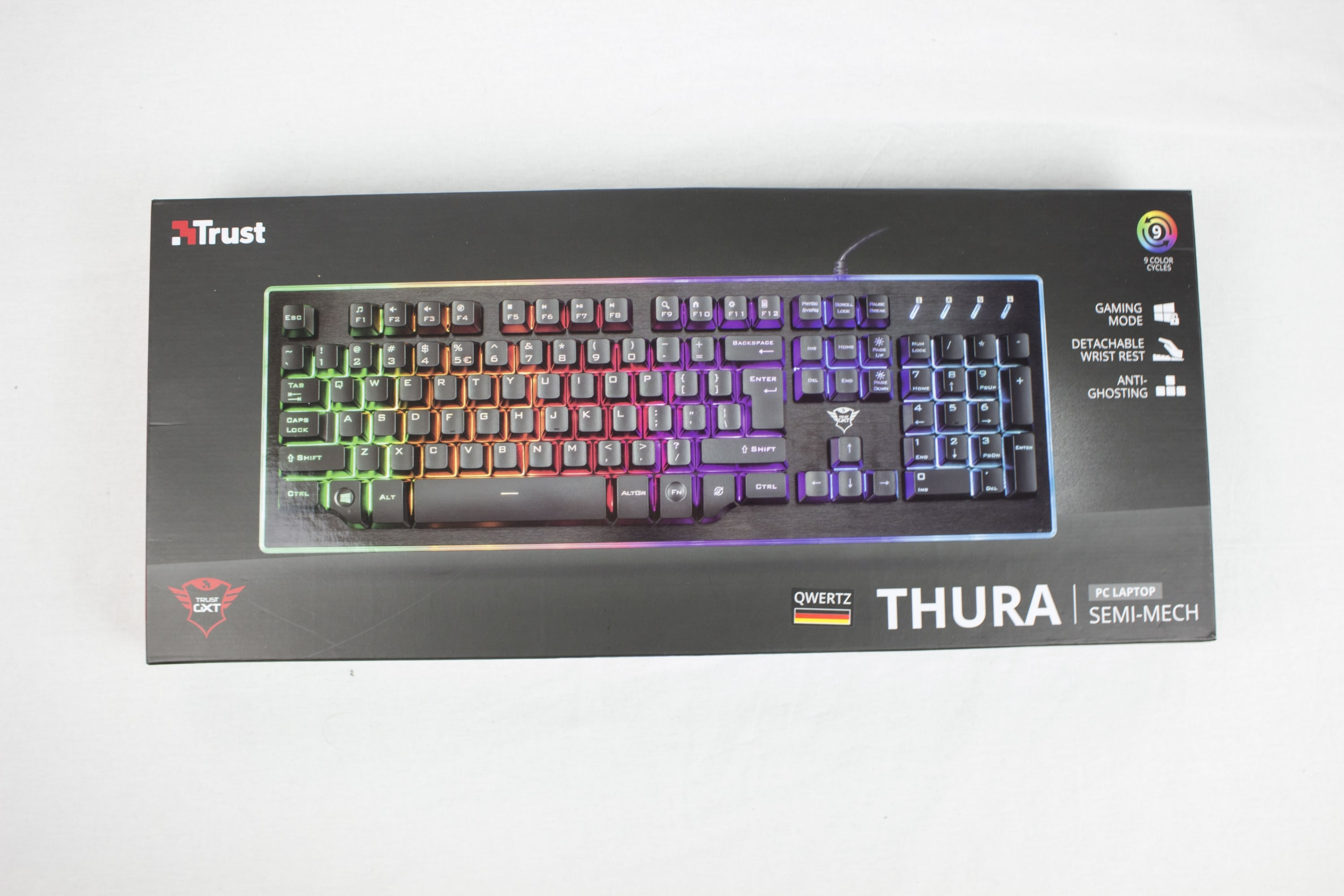 Photo of Trust GXT 860 Thura im Test: Was birgt die semi-mechanische Tastatur?