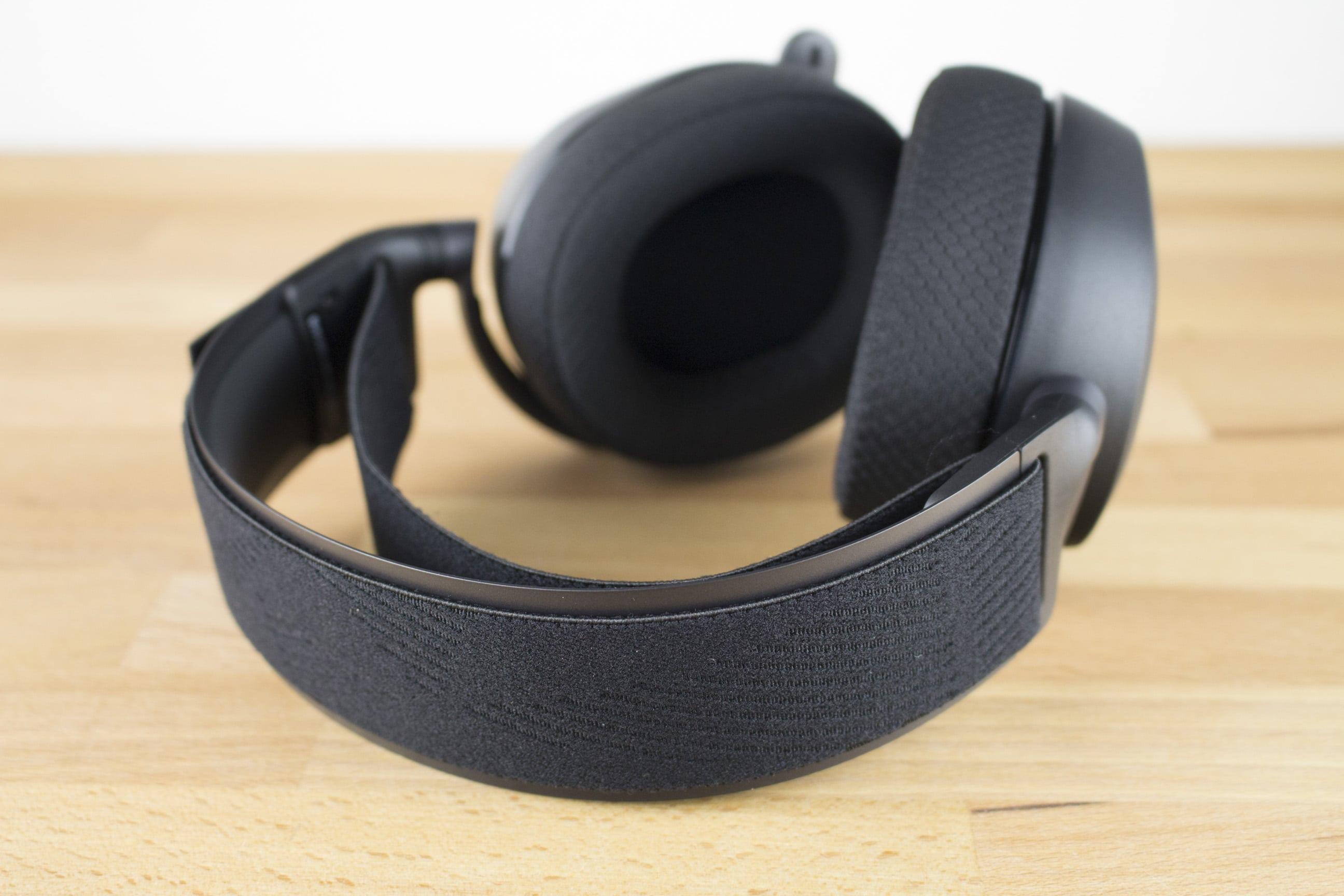 SteelSeries Arctis Pro Gaming-Headset im Test | Seite 2 von 4