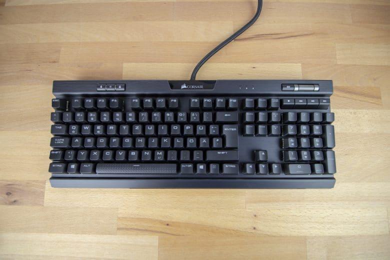 Corsair K70 RGB MK.2 ohne Handballenablage