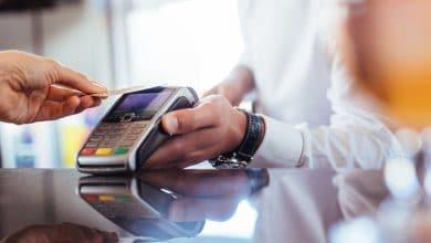 Photo of Debitkarte mit Fingerabdruckscanner für unlimitierten NFC-Einkauf