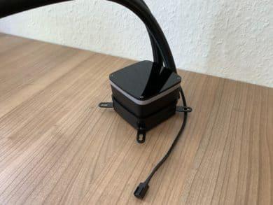 Block mit Kabel
