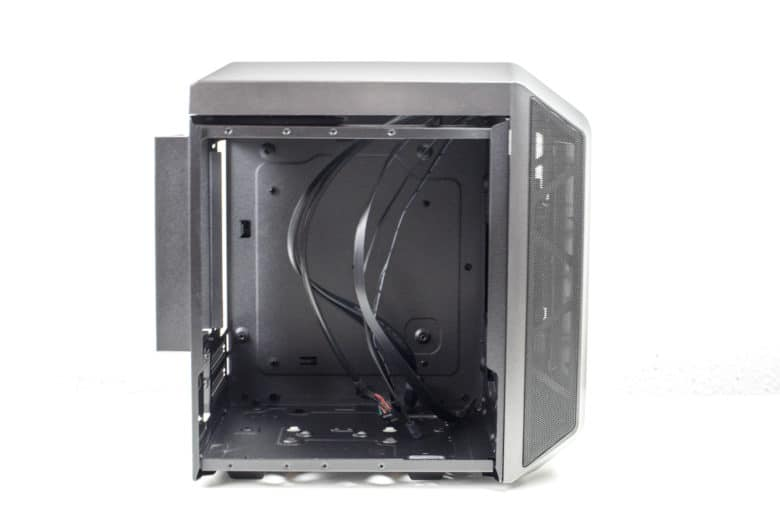 Inside the Cooler Master MasterCase H100