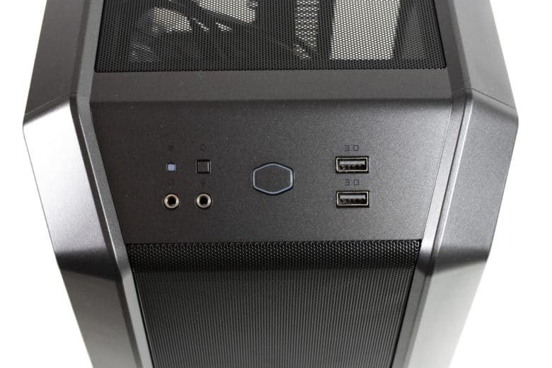 I/O panel of the Cooler Master MasterCase H100