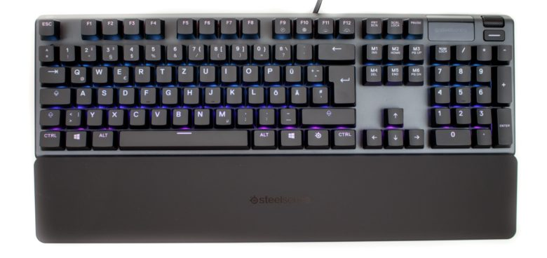 SteelSeries Apex 5 with palm rest